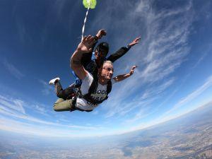 Parachute saut en biplace