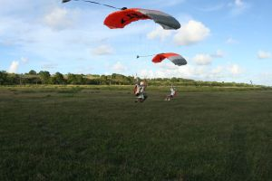 Saut en parachute atterrissage Avignon