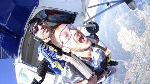 Saut en parachute biplace montpellier