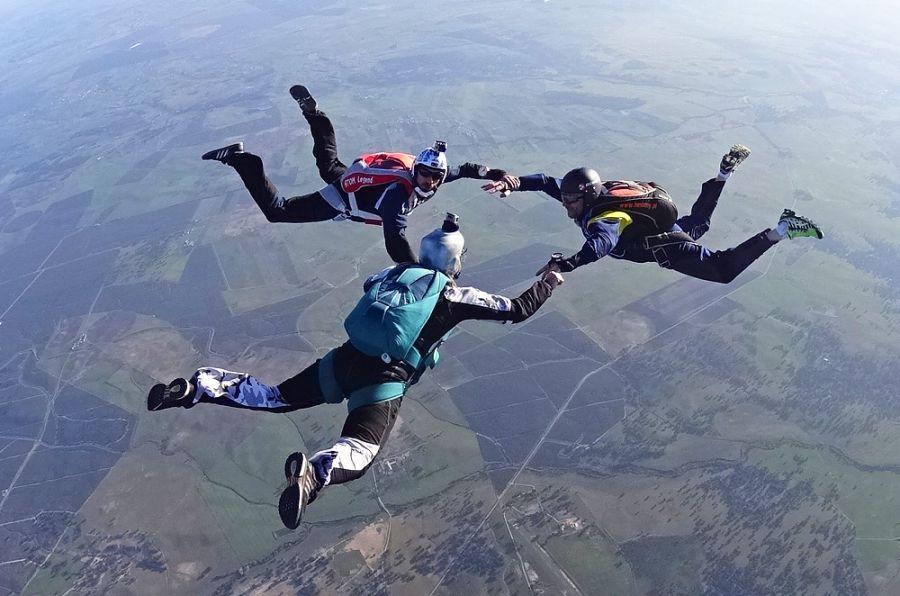 parachutisme uzes